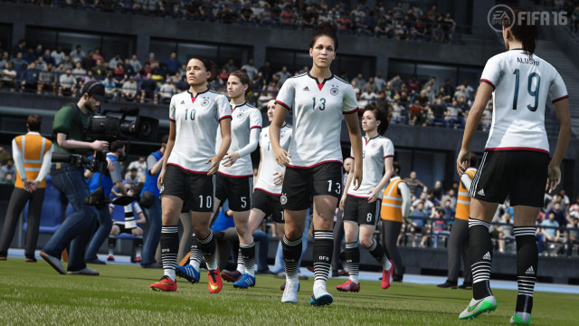 FIFA 16 Review 4